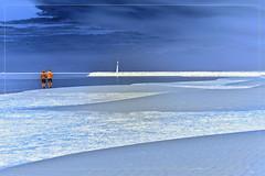 2017 09 25 Gruisian Plage 720 nm - 60 Hiking Negative (Mister-Mastro) Tags: ir infrared 720nm fullspectrum gruissian negative mediterranean mittelmeer strand beach plage