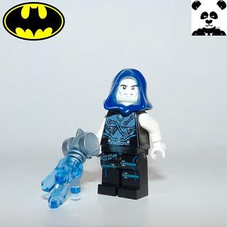 15 - Mister Freeze
