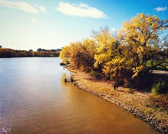 Thanksgiving Day Stroll along the Red River (blamstur) Tags: river manitoba winnipeg fall autumn water waterscape canada theforks