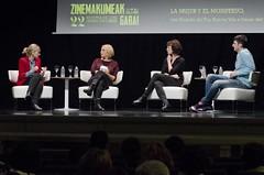 """Mesa redonda: """"La mujer y el monstruo"""" con Desirée de Fez, Itxaso del Castillo y Norma Vila."""