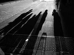 Santiago de Chile (Alejandro Bonilla) Tags: santiago chile street city urban bw blackandwhite sony santiagodechile santiaguinos sam santiagochile streetphotography urbano urbana urbe urbex u santiagocentro sonya290 a290 alfa alejandrobonilla alameda ciudad calle chilenos callejero universitarios regiónmetropolitana blancoynegro bn black blanconegro