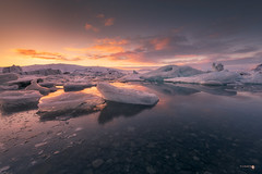Relax (Caramad) Tags: sunrise sunset lago islandia glaciar puestadesol rocas agua iceland reflejos nubes longexposure color jökursalón landscape hielo nieve