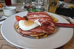 The Ship Inn (Jainbow) Tags: theshipinn shipinn weymouth meal dinner food jainbow gammon egg chips plate