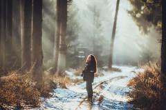Chasing Light (der_peste) Tags: crepuscularrays sunrays sunbeams sunlight lichtbüschel lichtbündel strahlenbüschel strahlenbündel frau woman person portrait pov dof depthoffield shallowdepthoffield forest trees sonya7m2 135mm f2 samyang1352