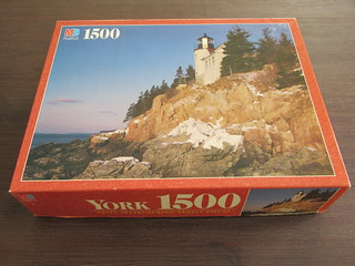 MB Puzzle 4335-16 Bass Harbor, ME - box