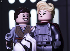 The Last Jedi Blooper (jezbags) Tags: lego legos toy toys macro macrophotography macrodreams macrolego canon60d canon 60d 100mm closeup upclose starwars legostarwars rey phasma captain laughing bloopers last jedi lastjedi helmet malfunction