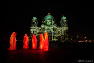 Abschluß des Festival of Lights vor dem Berliner Dom