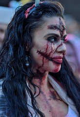 "MTL Zombie Walk 2017 (claudechl) Tags: ""mtl zombie walk 2017"" ""marche des zombies montréal ""place festivals"" défilé halloween portrait bokeh beauté girls"" street"" photography nikon d7100 70200mm"