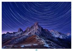 Passo di Giau - Stars trails (lionel.fellay) Tags: dolomites passo di giau fujifilm xt2 italy italie night mountains