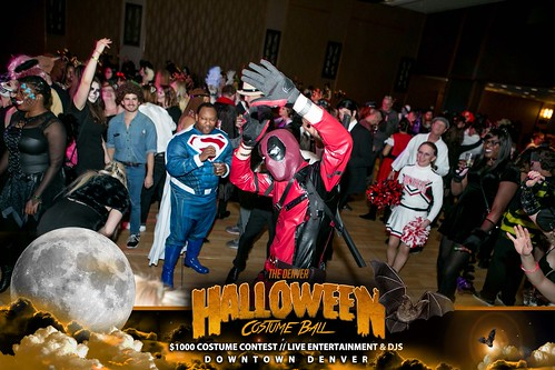"Halloween Costume Ball 2017 • <a style=""font-size:0.8em;"" href=""http://www.flickr.com/photos/95348018@N07/38077706261/"" target=""_blank"">View on Flickr</a>"