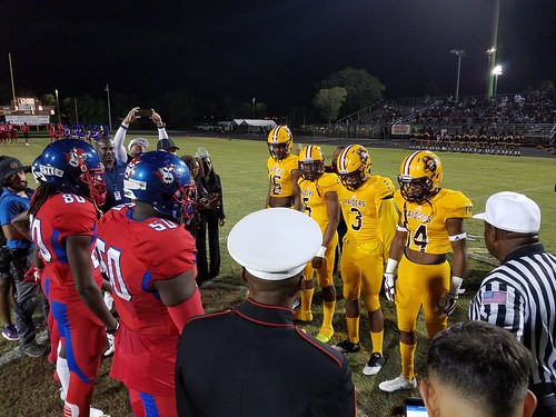 """Glades Central vs Pahokee 11/3/17 • <a style=""""font-size:0.8em;"""" href=""""http://www.flickr.com/photos/134567481@N04/38107387096/"""" target=""""_blank"""">View on Flickr</a>"""