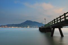 淡水暮色 (Lavender0302) Tags: 夕陽 橋 觀音山 油車口 沙崙 淡水 新北市 台灣 taiwan sunset bridge