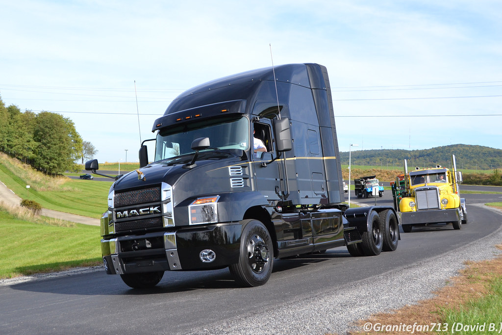 2018 Mack Truck Tractor : The world s best photos of mack and tractor flickr hive mind