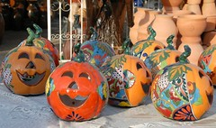 Halloween Pumpkins Mexico Pottery Guanajuato (Ilhuicamina) Tags: pottery mexican talavera guanajuato calabazas pumpkins doloreshidalgo ceramics crafts artesanias