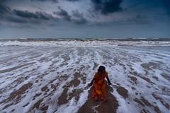 Waves (Vilvesh) Tags: cwc chennaiweekendclickers beach sea odisha cwctravelwalk people nikond750 nikon24120mm tokina1735 devotees clouds sky monsoon puri puribeach