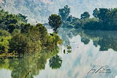 NEPAL IMAGES - THE RIVER (TONY-BUENO - Barcelona) Tags: canon eos 70d 35350 35350ef3556 nepal kathmandu river rio landscape paisaje