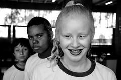 Foto- Arô Ribeiro -5816 (Arô Ribeiro) Tags: pb blackwhitephotos photography laphotographie street beleza diversidade arôribeiro art bw blackandwhite brazil sãopaulo nikond7000 thebestofnikon nikon