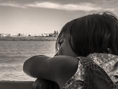 Nostalgia (Ignacio M. Jiménez) Tags: nostalgia agua water gente people ignaciomjiménez puntaumbria huelva andalucia andalusia españa spain mpt579 matchpointwinner