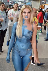 The world 39 s newest photos of bodypaint and mystique for Comic con body paint