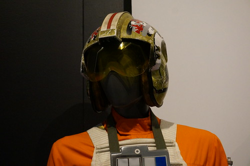 "Luke Skywalker's Helmet • <a style=""font-size:0.8em;"" href=""http://www.flickr.com/photos/28558260@N04/37393268546/"" target=""_blank"">View on Flickr</a>"