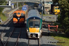 22020 departs Kildare, 5/10/17 (hurricanemk1c) Tags: railways railway train trains irish rail irishrail iarnród éireann iarnródéireann kildare 2017 22000 rotem icr rok 4pce 22020 1525heustonlimerick