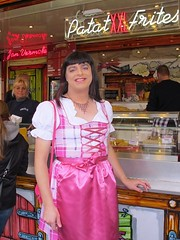 Patat frites (Paula Satijn) Tags: girl lady pink dress dirndl oktoberfest october feast apron french fries fun joy happy smile satin slik shiny skirt