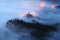 ESNATZEN (II) (Obikani) Tags: sunrise atmosphere fogg mist misty village misterious aramaio álava araba euskadi paísvasco landscape photography