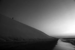 Jericoacoara´s geometry (alestaleiro) Tags: bw bianconero dunes dunas sand arena areia jericoacoara jeri ceará nordeste pretoebranco blackwhite blancoynegro monochrome monocromo nature natureza naturaleza desert dedsierto brasil brazil alestaleiro