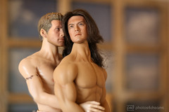 comfort in a friend's arms (photos4dreams) Tags: dolls26102017p4d takeshikaneshiro taiwanischjapanischer schauspieler taiwanesejapanese actor blackhaired handsome toy 16 doll celebrity photos4dreams p4d photos4dreamz actionfigure actionfigur gumsingmo han man mann male spielzeug jakegyllenhaal sexy brokebackmountain cowboy gay movie g