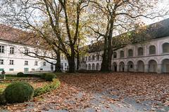 Stift Heiligenkreuz (Anita Pravits) Tags: cistercians heiligenkreuz kloster loweraustria niederösterreich stiftheiligenkreuz wienerwald zisterzienser abbey