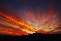 Un nuevo día ..... (davidgv60) Tags: david60 mirrorless alcoi españa amanecer sky color sunrise spain fujifilm xt10 nubes nwn cielo natur natural paisvalenciá photodgv