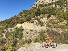 France, Provence-Alpes-Côte d'Azur, Alpes-Maritimes, Utelle (Die Welt, wie ich sie vorfand) Tags: france provencealpescôtedazur paca alpesmaritimes utelle latour cycling bicycle surly crosscheck