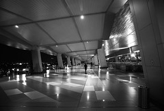 (cherco) Tags: composition composicion canon city ciudad calle street corridor airport aeropuerto indonesia lonely light luz lines loner lineas blackandwhite blancoynegro vanishingpoint reflexions reflexion urban urbano man canoneos5diii silhouette silueta repeticion arquitectura architecture