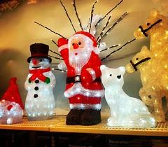 More Christmas 🎅  * ⛄⛄⛄⛄⛄⛄  * * #Östersund #Lillänge #Rusta #Jämtland #höst #autumn #falltime #sverige #sweden #swedenlove #europa #4oktober2017 #ig_sverige #ig_sweden (Per Ola Wiberg ~ powi is back) Tags: instagramapp square squareformat iphoneography uploaded:by=instagram lofi