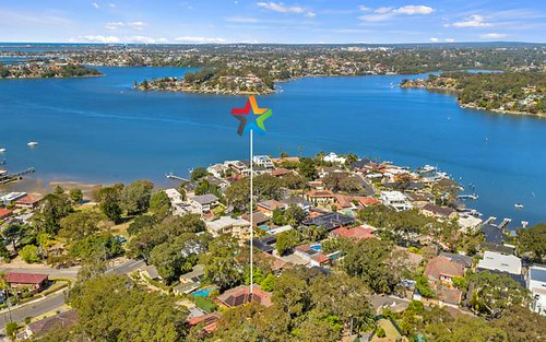 6 Rose Av, Connells Point NSW 2221