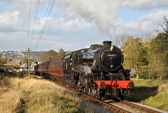 Black 5 On Oxenhope Bank. (Neil Harvey 156) Tags: steam steamloco steamengine steamrailway railway 44871 haworthtopfield oxenhopebank haworth keighleyworthvalleyrailway kwvr worthvalleyrailway black5 stanier lms