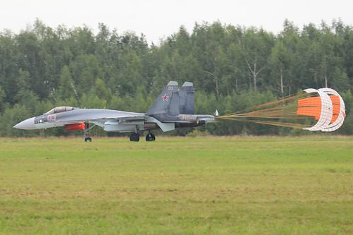 Sukhoi Su-35S 'RF-95242 / 03 red'