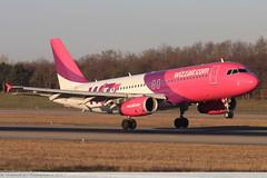 Airbus A320 -232 WIZZ AIR HA-LPN 3354 Mulhouse décembre 2015 (Thibaud.S.Photographie) Tags: airbus a320 232 wizz air halpn 3354 mulhouse décembre 2015