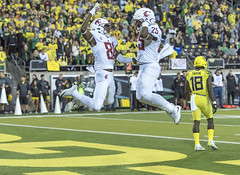 Cougars win again (acase1968) Tags: ducks cougars football washington state pac12 college ncaa leap touchdown endzone nikon d500 nikkor 70200mm f28g oregon autzen stadium eugene