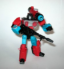 perceptor with convex transformers generations titans return deluxe class hasbro 2017 s (tjparkside) Tags: perceptor with convex microscope transformers transformer hasbro generations titans return 2016 2017 robot robots collector collectors card mosc deluxe class autobot autobots headmaster headmasters titan master masters shrink micro size microscopic sniper rifle alt mode repair sabotage generation one g1 1 character