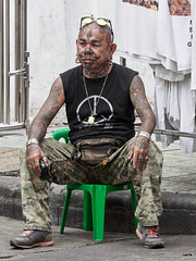 Vendedor en Khao San Road, Bangkok, Tailandia