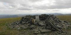 The Summit of Dreish(3,107ft), Angus Glens, Sep 2017 (allanmaciver) Tags: driesh 3107 4th munro hugh stone shelter bleak wind direction cold achievement rest angus glens mountains scotland clouds weather allanmaciver