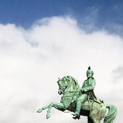 Le #Napoleon hydrocéphale de #Rouen #tw