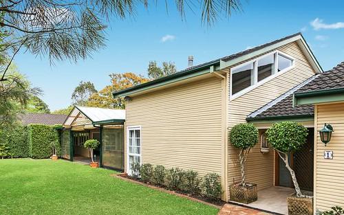 1 Mitchell Cr, Warrawee NSW 2074