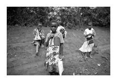 Malawi - Portrait (Vincent Karcher) Tags: vincentkarcherphotography africa afrique art blackandwhite culture documentary malawi noiretblanc people portrait project rue street travel voyage world kid child children enfant