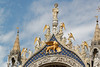 Venice (wildhareuk) Tags: canoneos500d gold italy roof tamron18270mm venice venice2017 angel artwork lion statue tamron wingedlion img7144dxo