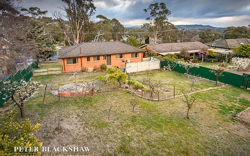 171 Namatjira Drive, Fisher ACT 2611