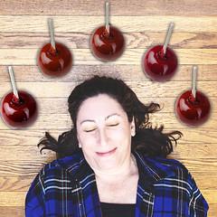 Candy Apple Red / 295.365 (sadandbeautiful (Sarah)) Tags: me woman female self selfportrait 365daysx8 365days day295 candyapples