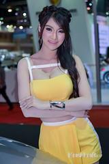 DSC_7392 (krashkraft) Tags: 2015 allrightsreserved bangkok beautiful beauty boothbabe foxy girl goodlooking gorgeous gridgirl krashkraft lady motorshow pretties pretty racequeen sexy surutsawadeemindphuengwongthong thailand women พริตตี้ มอเตอร์โชว์ เซ็กซี่ โคโยตี้ pakkret changwatnonthaburi th