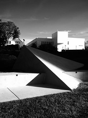 Contrast. (isaacullah) Tags: shadow light contrast architecture modern monochrome black white detail